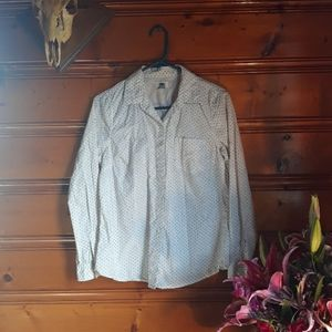 Old Navy Fitted Button Up Long Sleeve Shirt